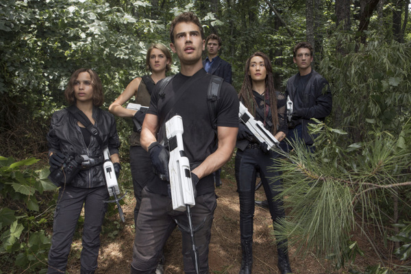 Divergent: Allegiant Part 1 Movie Review